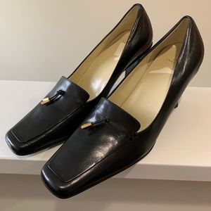 Anne Klein Leather Shoes.  NWOT